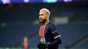 Paris Saint Germain v Istanbul Basaksehir - UEFA Champions League