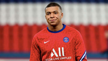 Paris Saint-Germain v RC Strasbourg - Ligue 1