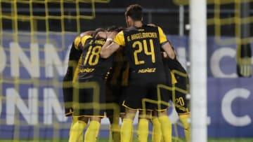 Peñarol v Athletico Paranaense - Copa CONMEBOL Libertadores 2020