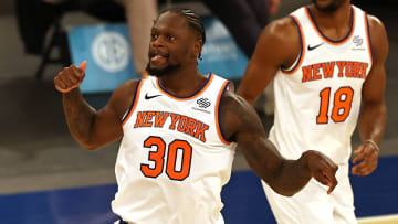 The New York Knicks' odds to make the playoffs are on the rise.