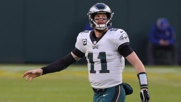 El ex quarterback de los Eagles va a su sexta campaña en la NFL en 2021