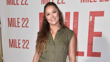 Rousey dio a luz a su primera hija con Travis Browne