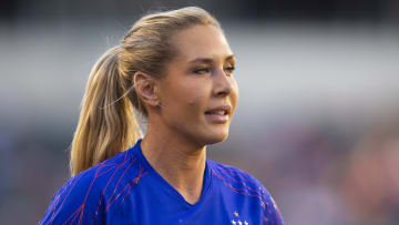 Allie Long during the USWNT Victory Tour