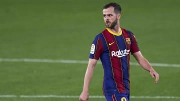 Miralem Pjanic pourrait quitter le Barça pour retrouver du temps de jeu.