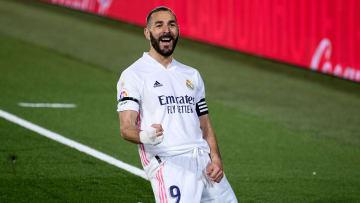 Grâce à Benzema, le Real prend provisoirement la tête du classement en Liga