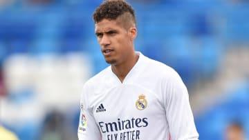 Varane deixou os merengues para assinar com o time inglês