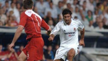 Figo se marchó del Barça al Real Madrid