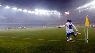 Roberto Baggio's number ten is retired at Brescia