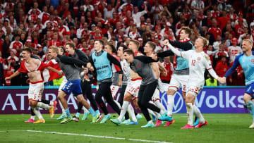 Dänemark zieht dank magischer Nacht in das EM-Achtelfinale ein