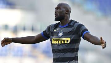 Chelsea are hunting Romelu Lukaku
