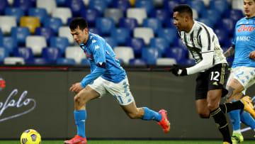Hirving Lozano vio actividad con el Napoli