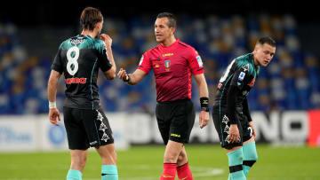 L'arbitro Doveri durante Napoli-Inter
