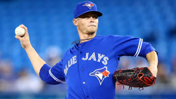 The Milwaukee Brewers should sign veteran right-hander Clay Buchholz once MLB lifts its transaction ban.