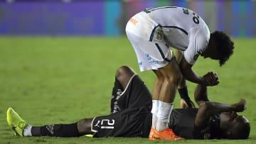 Santos e clubes equatorianos já fizeram confrontos históricos pelas competições sul-americanas.