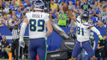 Tennessee Titans vs Seattle Seahawks predictions and expert picks for Week 2 NFL Game.