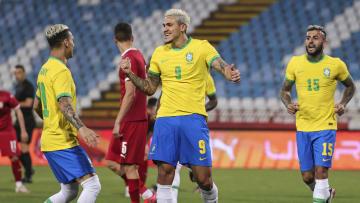 Centroavante do Flamengo marcou dois gols em amistoso
