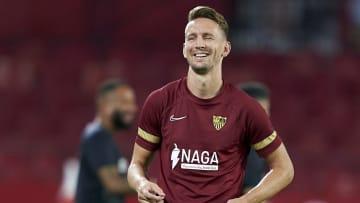De Jong, ex-Sevilla, é o novo reforço do Barça na temporada.