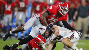 The latest college football National Championship odds show Georgia closing in on Alabama after Week 3 on FanDuel Sportsbook.