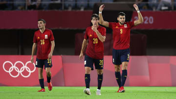 Spain thumped Ivory Coast to progress