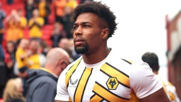 Adama Traoré podría salir del Wolverhampton