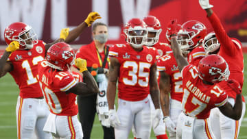 Chiefs vs Eagles NFL opening odds, lines and predictions for Week 4 matchup.