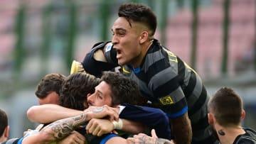 Jubelt Martinez auch 21/22 noch für Inter?