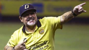 TOPSHOT-FBL-MEX-DORADOS-JUAREZ-MARADONA - Maradona fue feliz en Dorados.