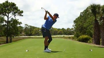 Tom Brady golf swing.