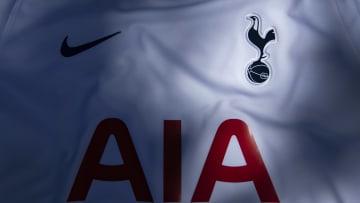 Who is Tottenham teenager Roshaun Mathurin?