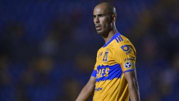 Guido Pizarro jugando en Tigres