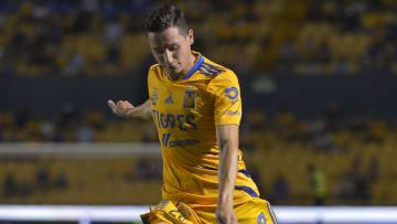 Tigres UANL v Leon - Torneo Apertura 2021 Liga MX
