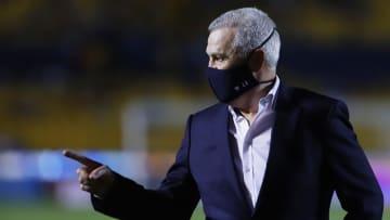 El entrenador Javier Aguirre.