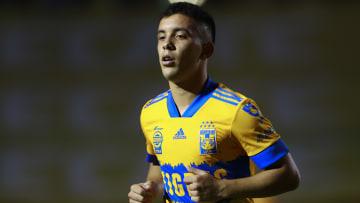 El uruguayo Leo Fernández brilló con Toluca, pero con Tigres simplemente no se ha encontrado.