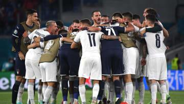 L'Italia festeggia la vittoria contro la Turchia