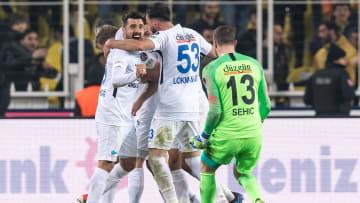 Büyükşehir Belediye Erzurumspor oyuncularının gol sevinci