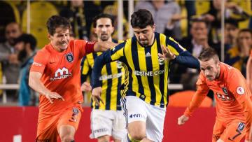 Basaksehir gegen Fenerbahce: Wer entscheidet am Sonntagabend das Istanbul-Derby für sich?