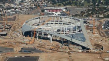 El estadio de Rams y Chargers sigue en construcción