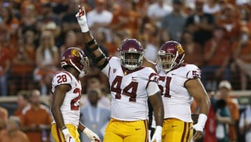 USC football defensive linemen.