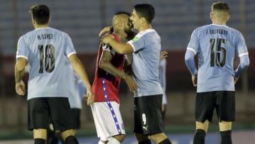 Suarez y Vidal se enfrentaban ayer en la Copa América