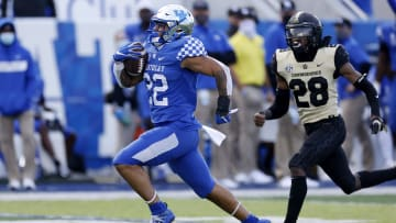Chris Rodriguez Jr. is slated to have a big 2021 season with the Kentucky Wildcats.