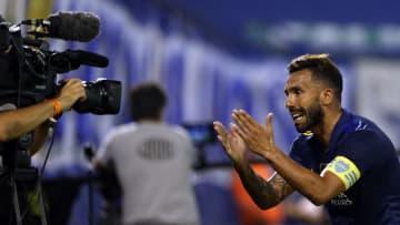 Carlos Tévez y su festejo de gol ante Vélez