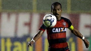 Richarlyson já vestiu a camisa de diversos clubes brasileiros | Vitoria v Goias - Brasileirao Series A 2014