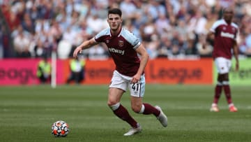 Declan Rice will be staying with West Ham this season
