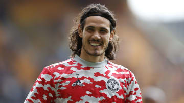 Cavani will be remaining with Man Utd