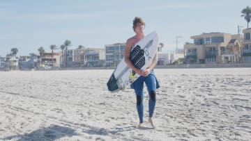 Albee Layer is the master of surfing