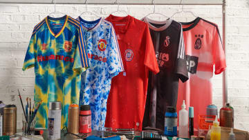 La collection Humanrace avec les maillots d'Arsenal, Manchester United, Bayern Munich, Real Madrid et Juventus.