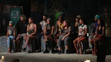 """Ex integrantes de Survivor aseguran que existe un """"trío"""" en la tribu Halcón."""
