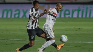 Daniel Alves, do São Paulo, é uma das armas de Fernando Diniz para conquista do título.