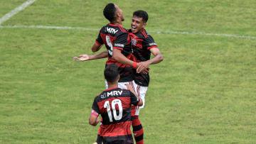 Lázaro é um dos jogadores pretendidos pelo Goiás para 2021.