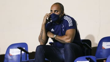 Após vazamento de áudio, Deivid deixa o cargo de diretor técnico do Cruzeiro.